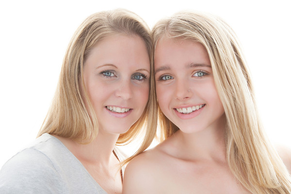 Helen's Family photo with her beautiful daughter taken by our Auckland family photographer