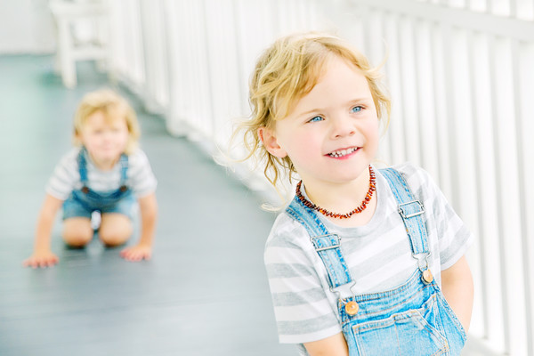 Kids Oscar and Hunter Photo taken by our auckland family and child photographer