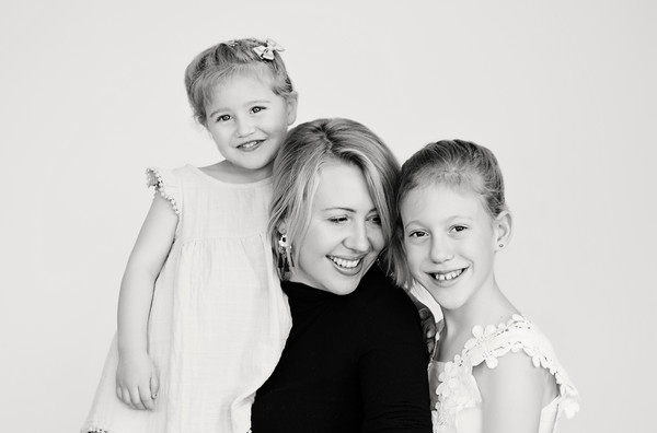 Family photo Gemma and her girls taken by our North shore family photographer