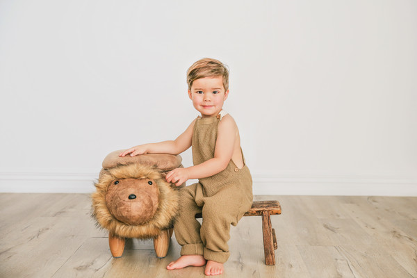 Auckland family and child photographer Milk photography Studio